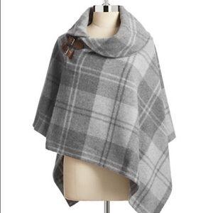 Lauren Ralph Lauren Wool Cropped Cape